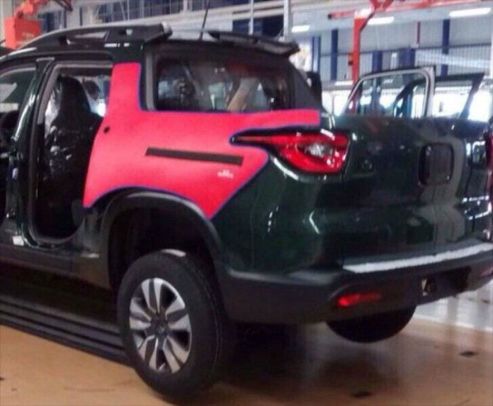 new-fiat-toro-4-door-pickup-looks-like-the-jeep-cherokee_2