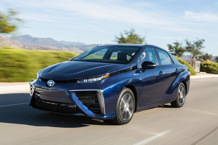 20-Year-Pursuit-of-Toyota-Finally-Bears-Fruit-With-the-2016-Toyota-Mirai-11