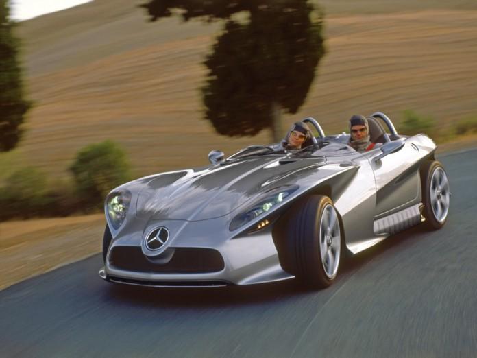 2002-Mercedes-Benz-F-400-manu-01