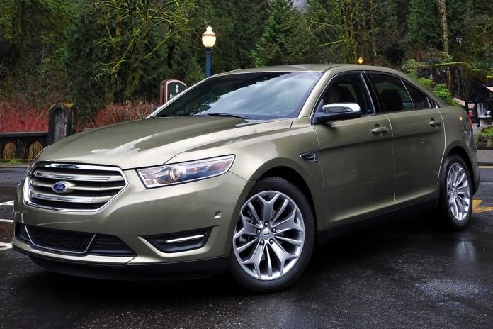 2015_Ford_Taurus_Limited_4dr_Sedan_35L_6cyl_6A_3553726