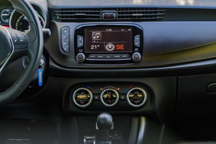 Alfa Romeo Giulietta QV Test Drive (39)