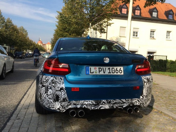 BMW M2 2016 spy photos (4)