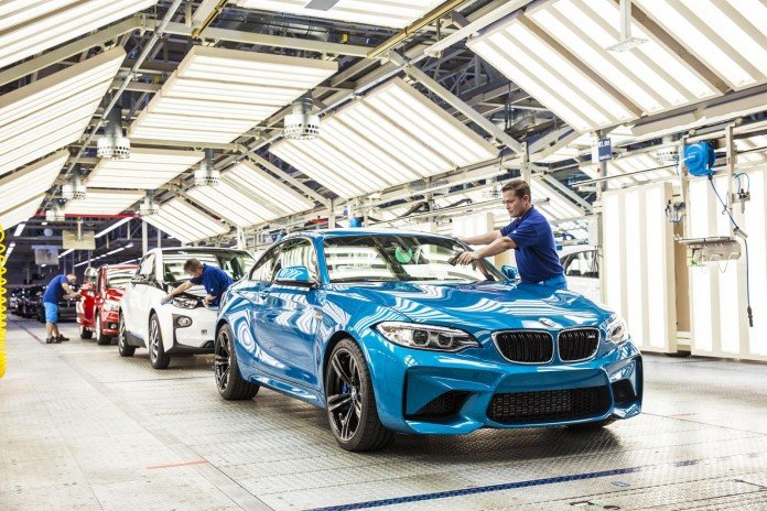 BMW M2 Coupe production (2)