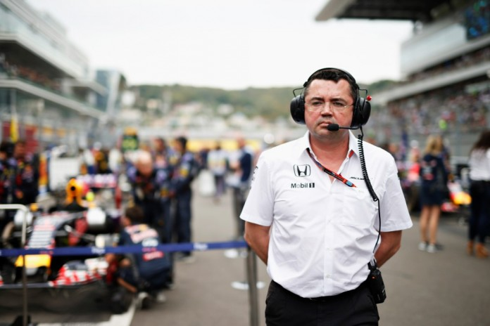 Eric Boullier on the grid.