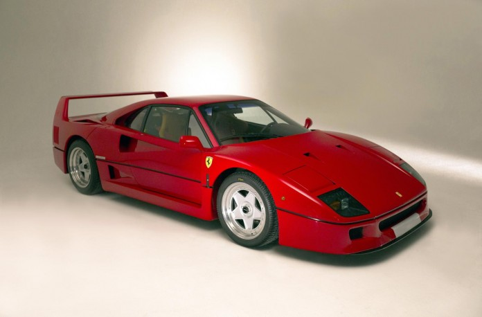 Ferrari F40 and Porsche Carrera GT for sale (1)