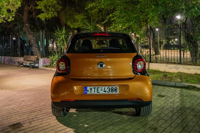 Test_Drive_Smart_ForFour_05