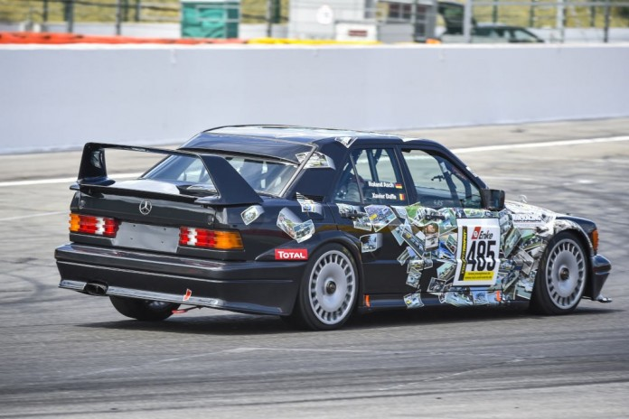 mercedes-benz-190-e-25-16-evo-ii-will-make-a-spectacular-comeback-on-the-nurburgring_4