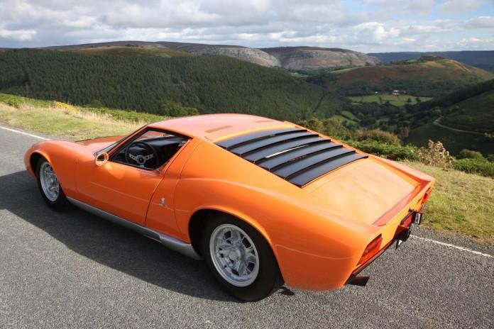 1968+Lamborghini+Miura+The+Italian+Job+6