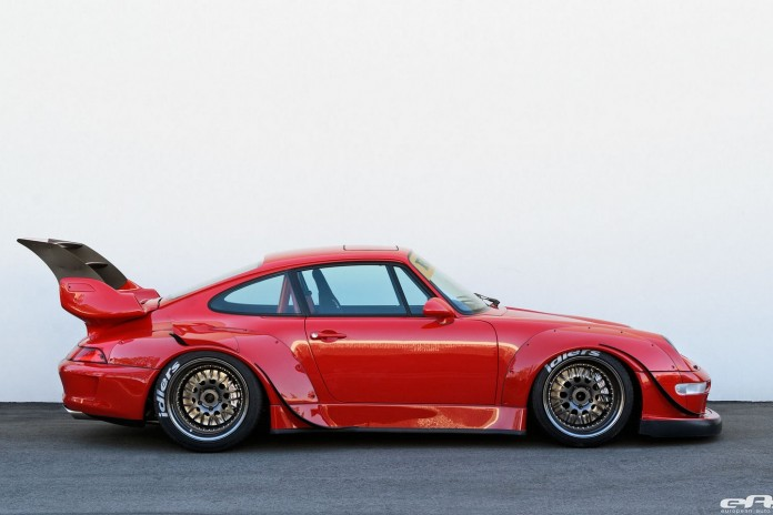 1995_Porsche_993_by_RWB_for_sale_06