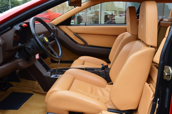 Ferrari-Testarossa-7