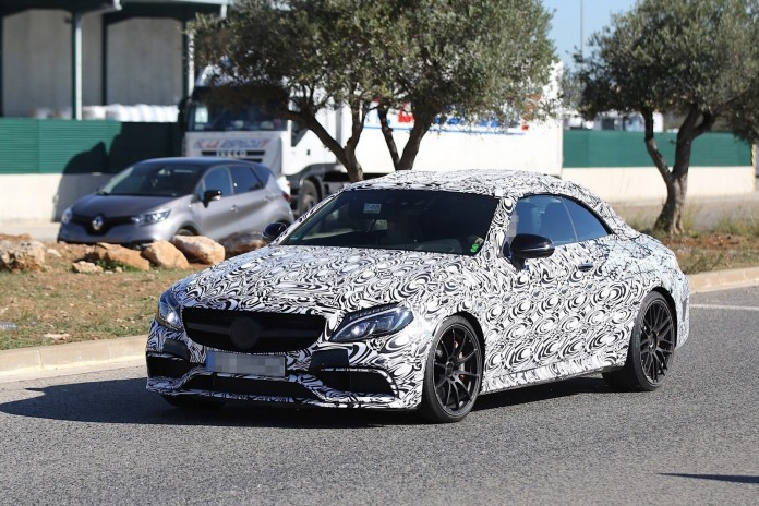 Mercedes-AMG C63 Cabriolet Spy Photos (2)