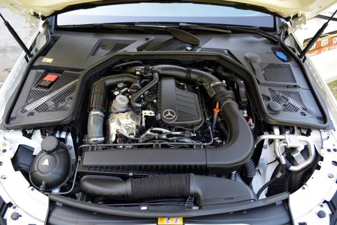 Mercedes-Benz C-Class C200 BlueTEC Test Drive (55)