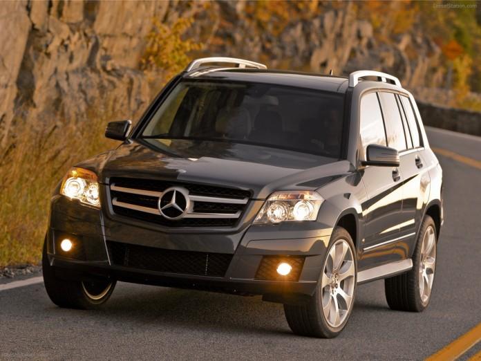 Mercedes-GLK350-4MATIC-2010-09