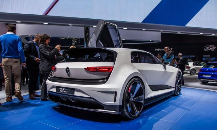 Volkswagen-Golf-GTE-Sport-Concept-5323