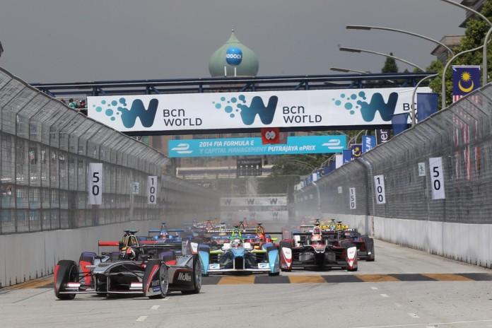 formula-e-race-RAf1