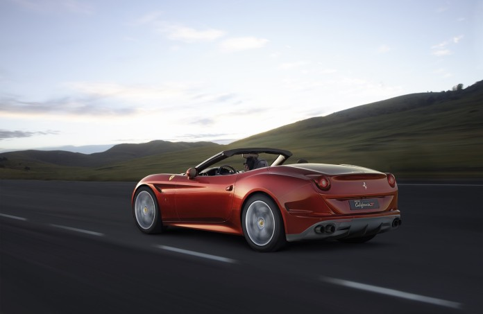 160047-car_ferrari-california-t