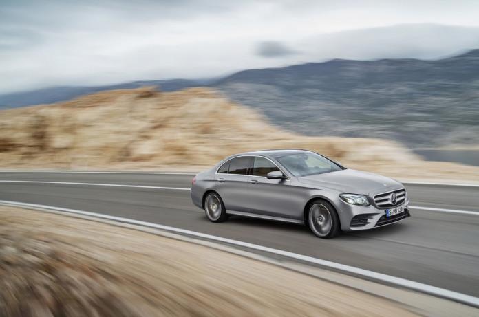 2017-Mercedes-E-Class-28
