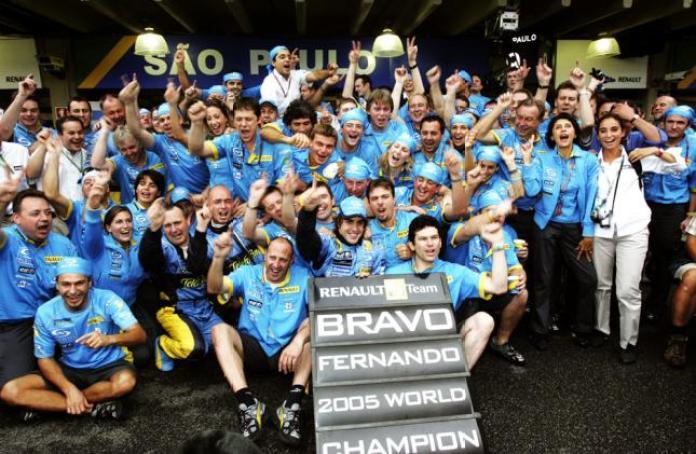 FernandoAlonsoBRAZILIANGP2005worldchampion_zps3400ead4