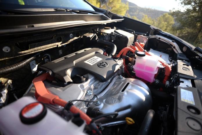 First_Drive_Toyota_RAV4_Hybrid_56