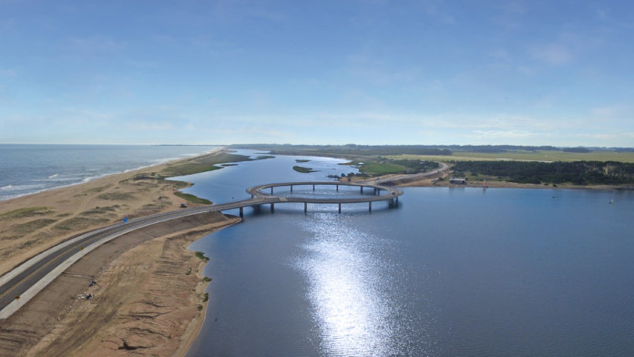 Laguna Garzon bridge (4)