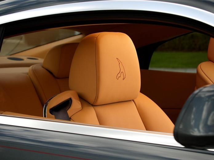 Rolls-Royce_Wraith_Francorchamps_05