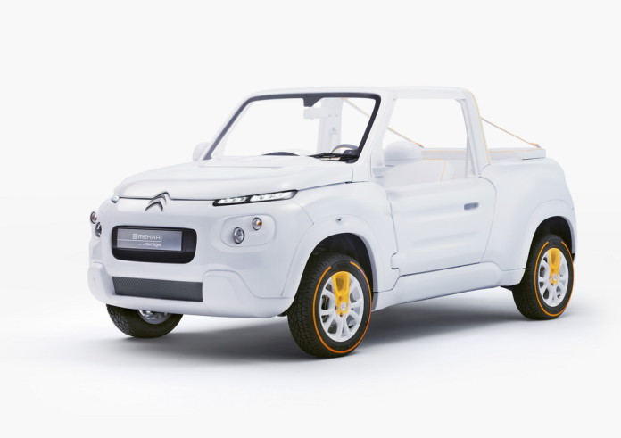 Citroen E-Mehari Styled By Courreges Concept (1)