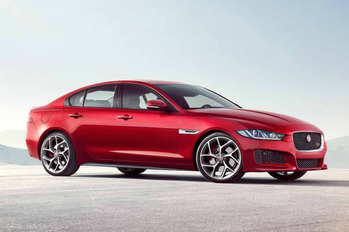 Jaguar_XE_2015_01_MR