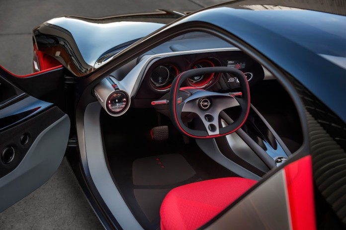 Artificial Intelligence: Self-learning HMI system recognizes the driver's preferences.