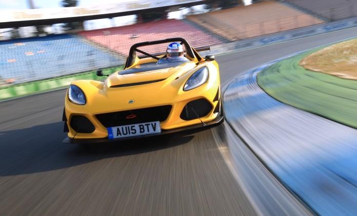 2016-Lotus3Eleven-SportAuto-01