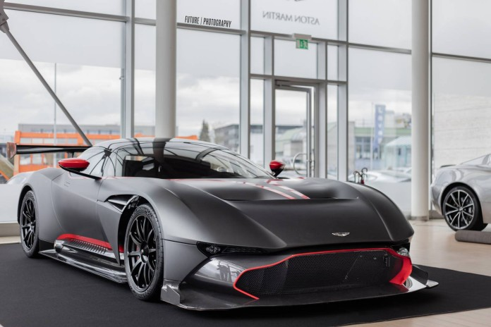 Aston_Martin_Vulcan_photo_shoot_01
