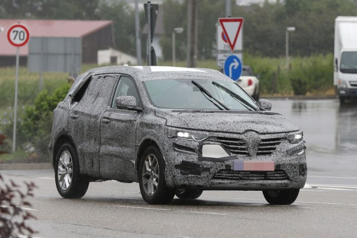 Renault_Koleos_spy_photos_16