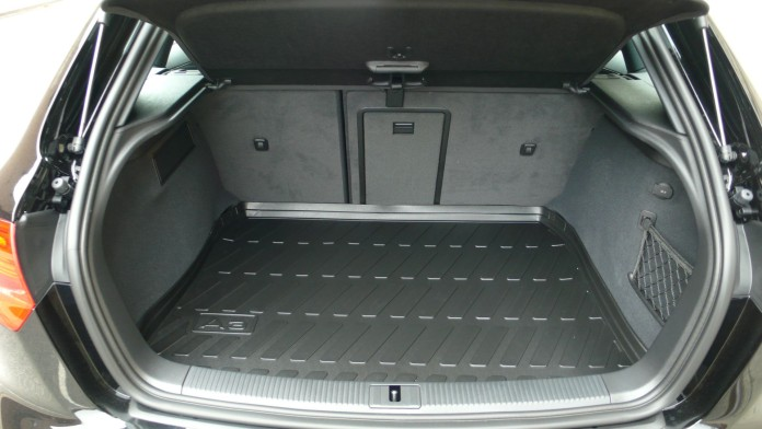 audi_a3_2012_trunk_space_liner_rubber