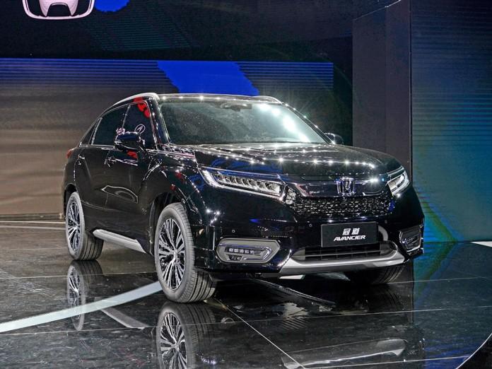 Honda Avancier (1)