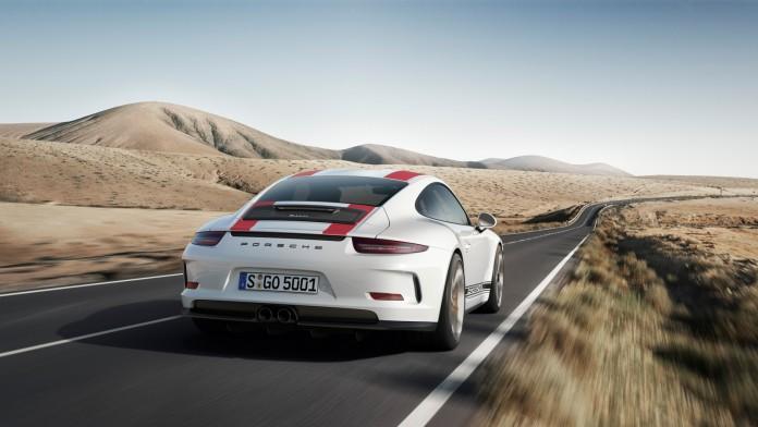 Porsche-911-R-4
