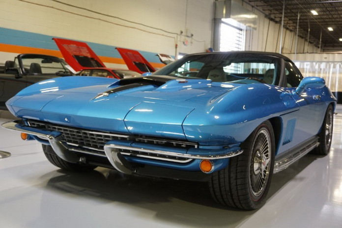 Replica Corvette Stingray 427 1967 (1)