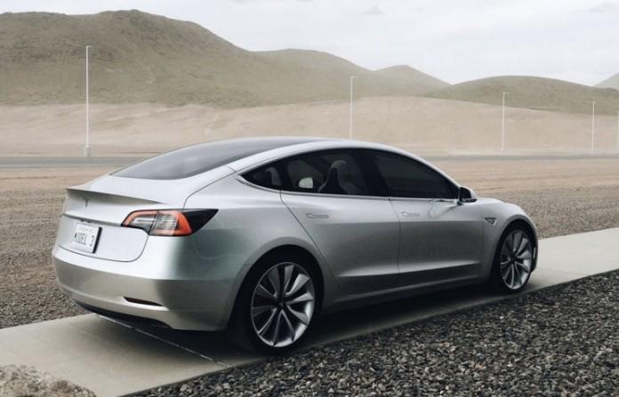 Tesla_Model_3_01
