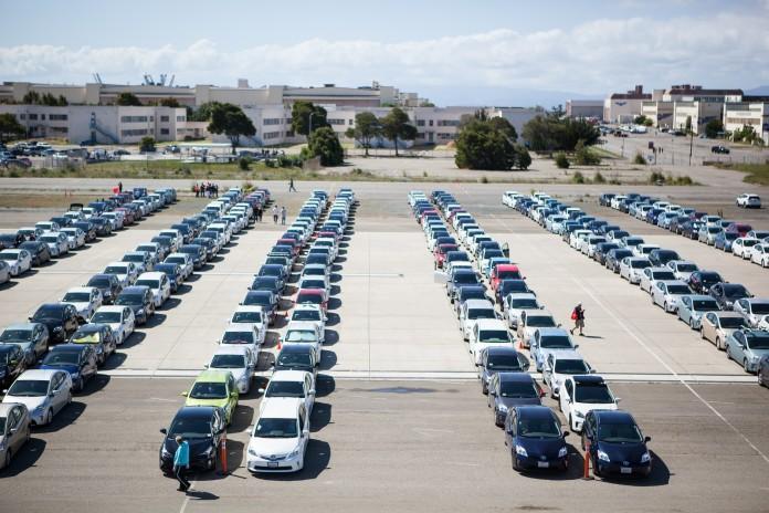 Toyota Prius Guinness World Record Parade (1)