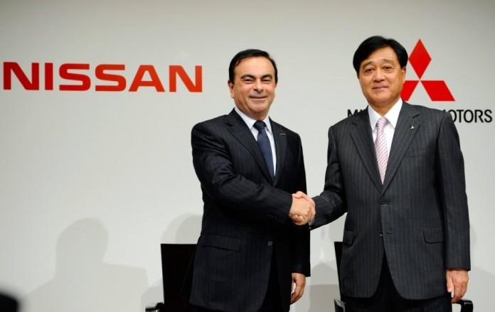 Carlos Ghosn Osamu Masuko nissan Mitsubishi