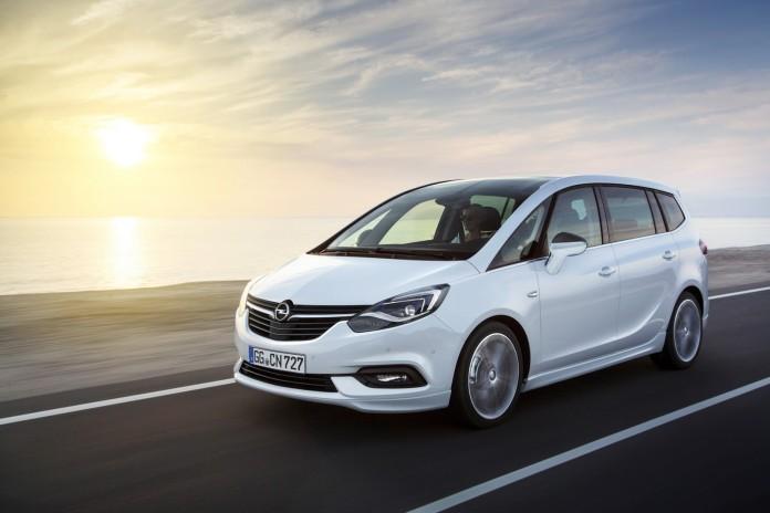 Opel Zafira Facelift 2017 (13)