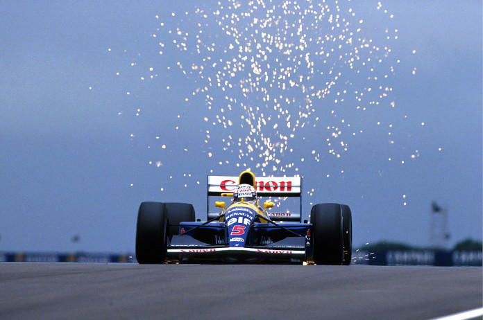 Nigel-Mansell-on-his-way-to-win-the-1991-British-Grand-Prix-Williams-FW14