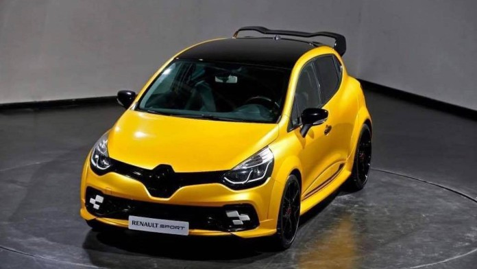 hotter_Renault_Clio_RS_06