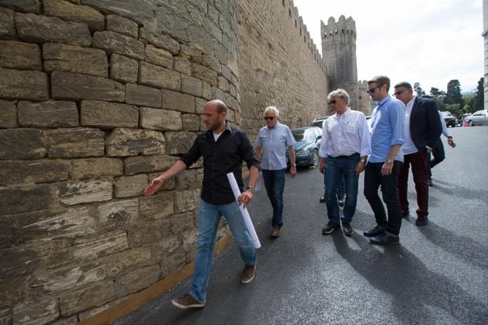 Charlie-Whiting-visits-Baku-F1-Circuit-F1-Azerbaijan-GP