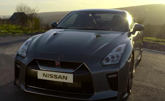 Nissan_GT-R_2017