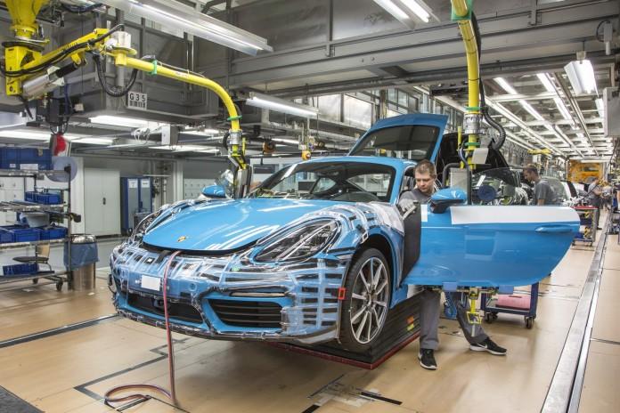 Porsche 718 Cayman Production plant (1)