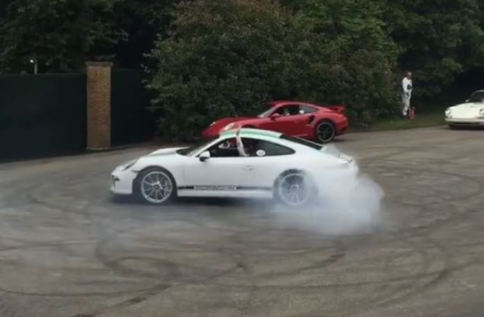 911 r donuts
