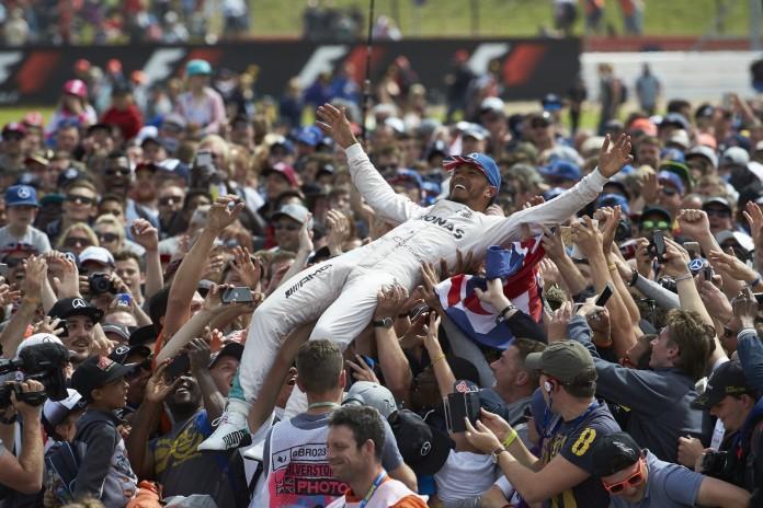 Formel 1 - MERCEDES AMG PETRONAS, Großer Preis von Großbritannien 2016. Lewis Hamilton ; Formula One - MERCEDES AMG PETRONAS, British GP 2016. Lewis Hamilton;