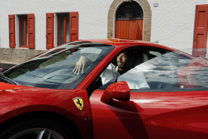 Ferrari-Kobe-Bryant (2)