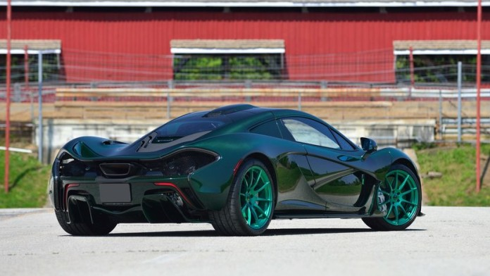 Only_Green_Carbon_Fiber_McLaren_P1_03