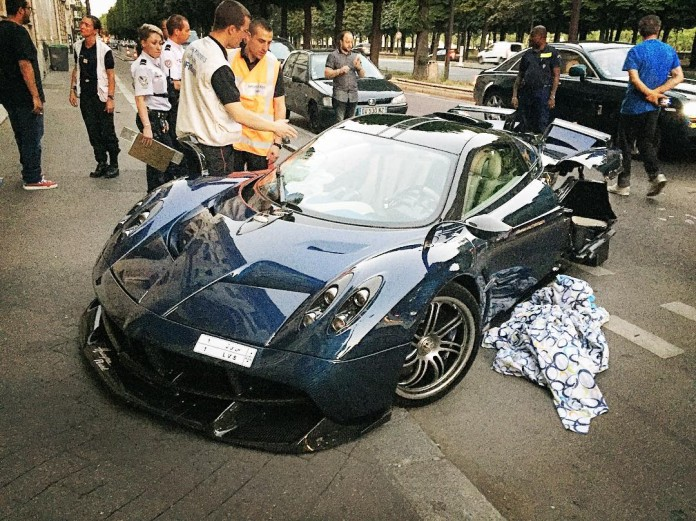 Pagani Huayra Pearl crash (1)