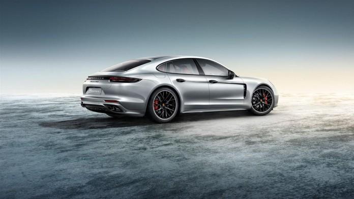 Porsche-Exclusive-Panamera-Turbo-3